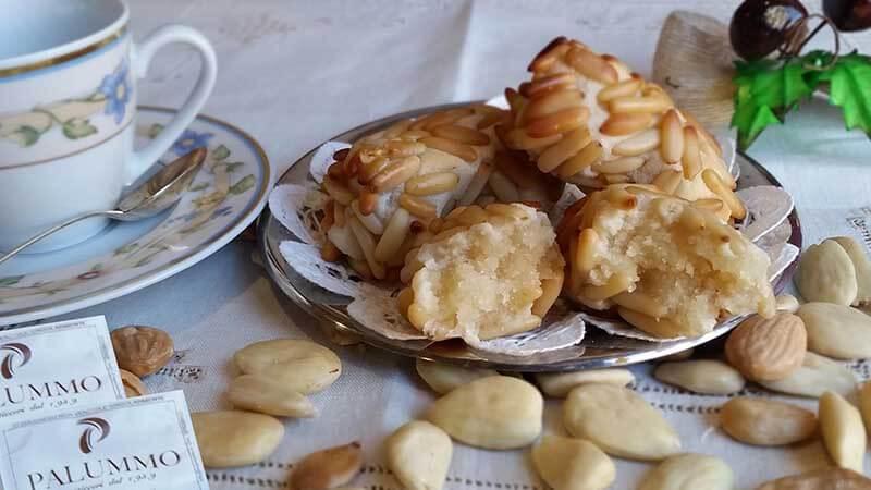 Paste di Mandorla ai Pinoli